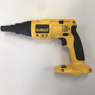 DC520 Bare Collated Drywall Screwdriver by Dewalt