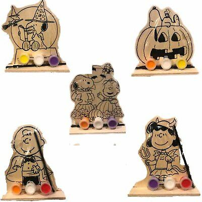 Peanuts Paint Your Own Wooden Standee Set - Halloween Craft Project  - Snoopy  - Halloween Paint Projects