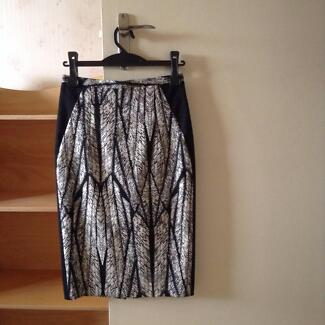 Veronica Maine Pencil skirt size 6