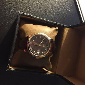 Guess Mens Watch Gold Tan Leather Kooragang Newcastle Area Preview