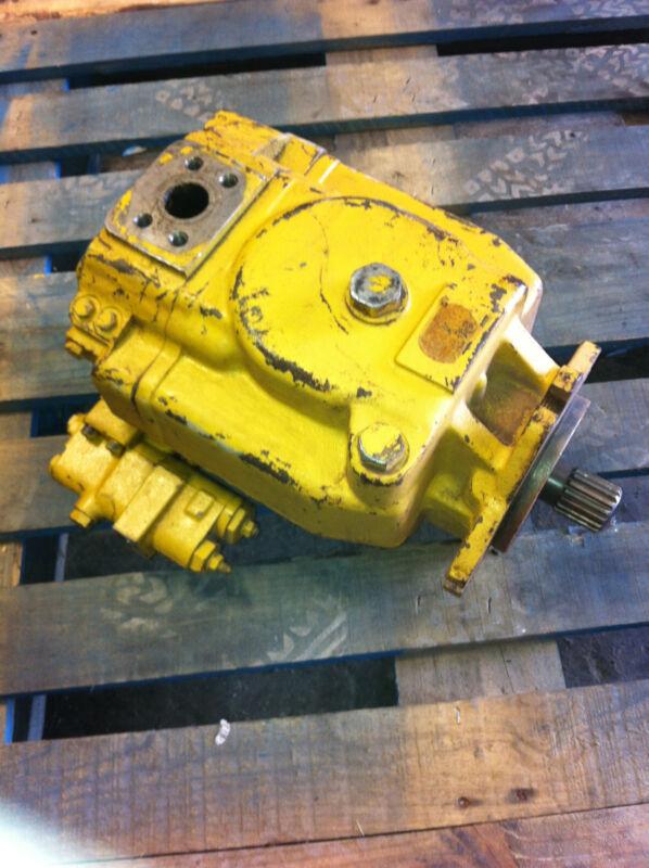 Caterpillar D8R hydraulic pump 9t8346