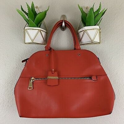 A Bellucci Leather handbag Red Made In Italy