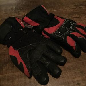 Rocket motorcycle gloves