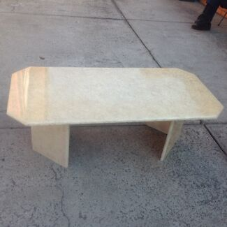 Coffee table in great condition Oakleigh East Monash Area Preview