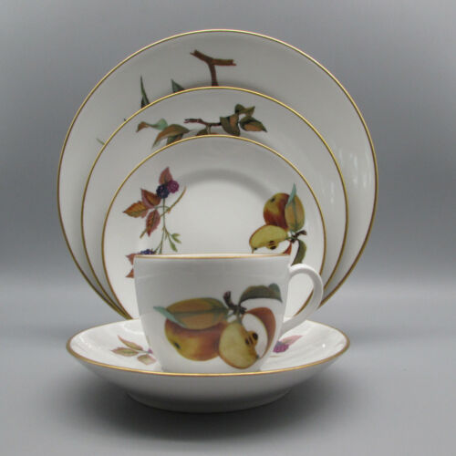 Royal Worcester Evesham Gold 5pc Place Setting