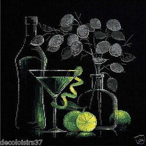 Riolis-1240-stick-boite-stickbild-Nature-morte-avec-Martini
