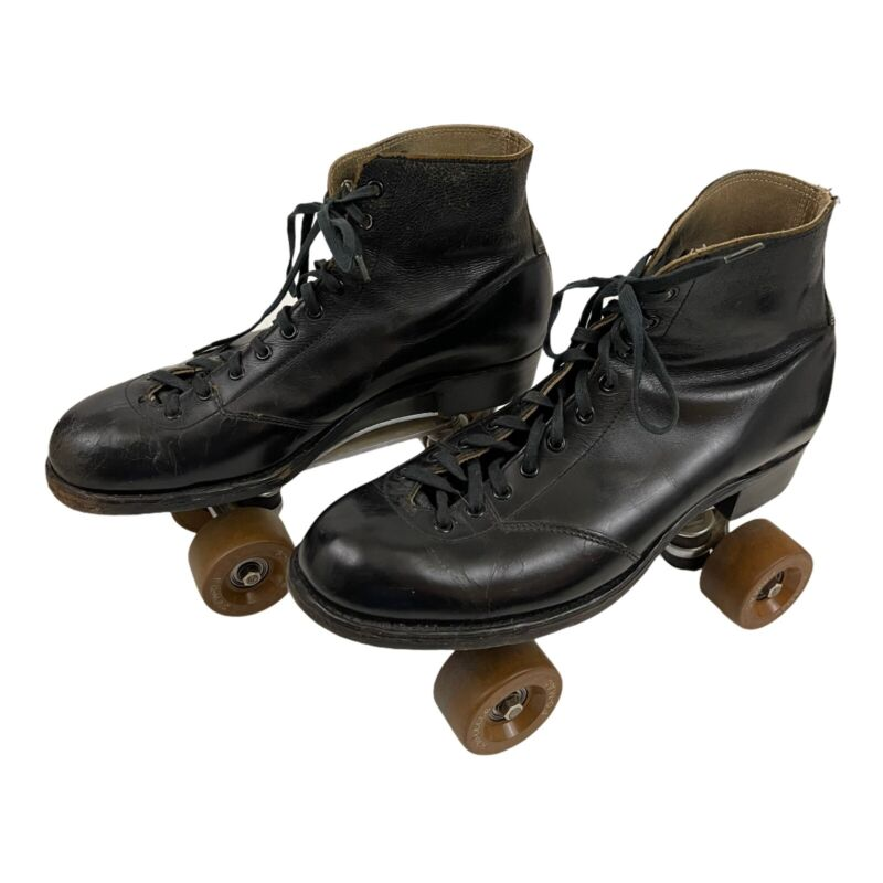 Lytle Styled by Hyde Chicago Velvet Tread Roller Skates Fo Mac Black Made In USA