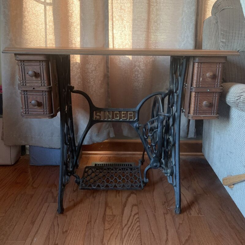 Antique Singer Sewing Machine Cast Iron Treadle/Wood Drawer Cabinet Table Desk !