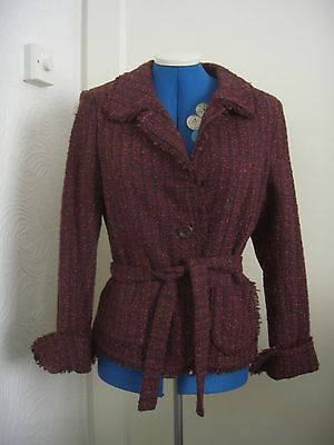 - NWOT stylish burgundy/berry boucle/tweed jacket with tie belt by H&M EUR 40