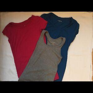 Vêtements maternité XS et S