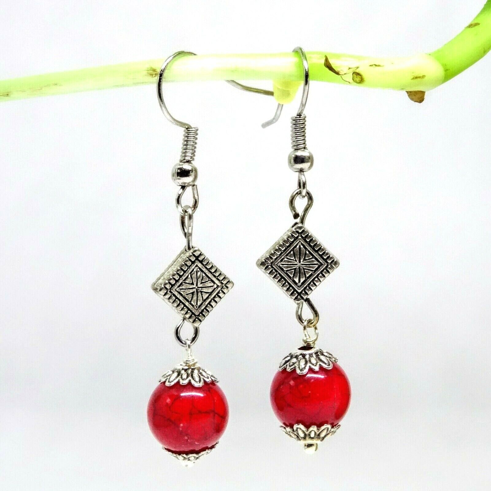 HANDCRAFTED LIGHT WEIGHT SIMPLE RED DANGLE DROP EARRINGS - $5.50