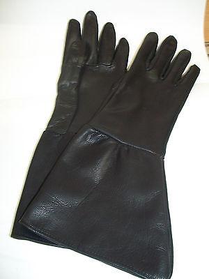 MEN'S BLACK TOP GRAIN DEERSKIN LEATHER GAUNTLET GLOVES  - MADE IN THE - Grain Deerskin Glove