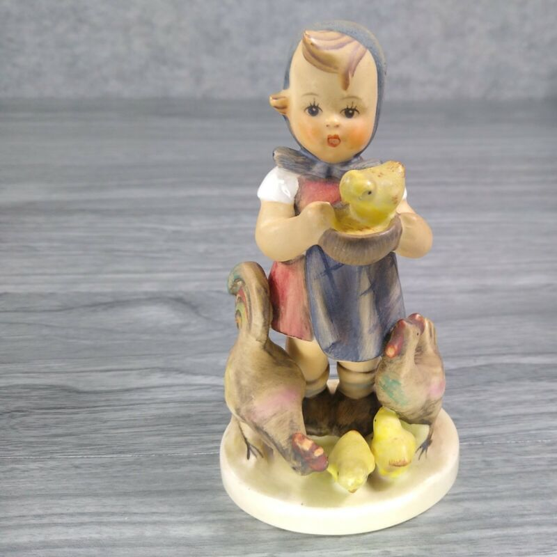 "Goebel Hummel No 199/0 ""Feeding Time"" Stylized Bee TMK-3"