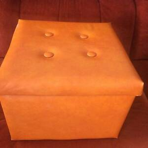 BARGAIN!!  AWESOME RETRO ORANGE OTTOMAN, STORAGE INSIDE Bentley Canning Area Preview