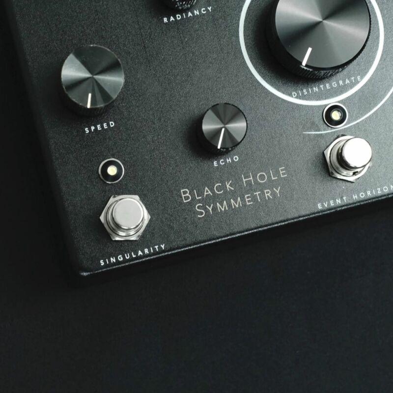 Collision Devices Black Hole Symmetry Delay/Reverb/Fuzz