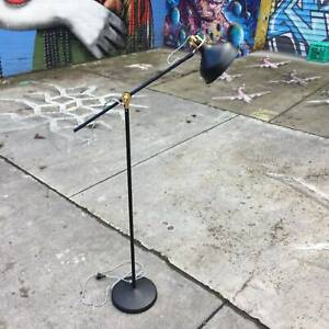 black floor lamp,modern floor lamp,adjustable lamp WE CAN DELIVER
