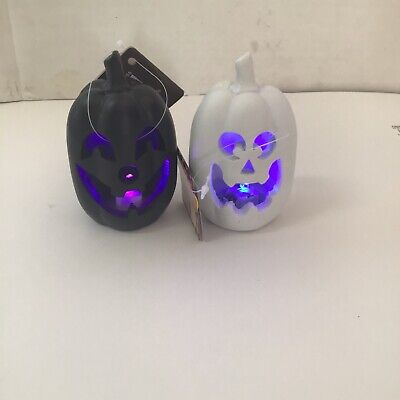 Set of 2 small light up pumpkin black and white