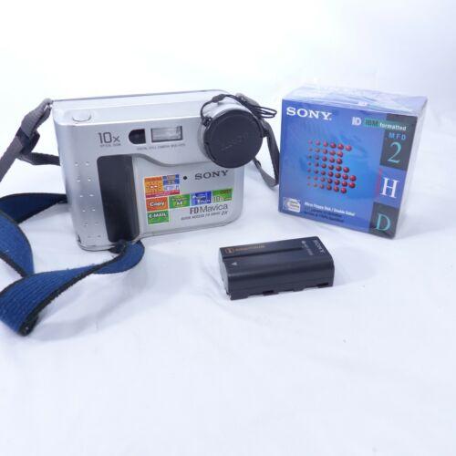 Sony FD Mavica Digital MVC-FD75 Still Camera + Battery + Box of Sony Diskettes