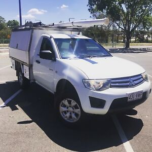 MITSUBISHI TRITON - Loaded with extras! 4x2