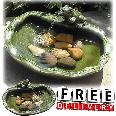 Outdoor Solar Water Fountain Frog Bird Bath Patio Garden Yard Lawn Decor Ceramic ()