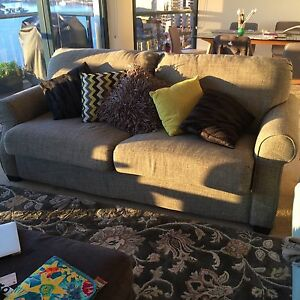 Amazing Sofa Bed Kangaroo Point Brisbane South East Preview