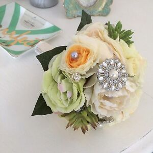Brooch Bouquets Sale