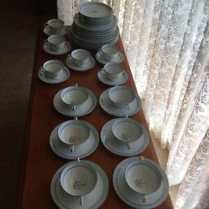 Noritake Bluebell Dinner Set, Pattern 5558 - (1950's)