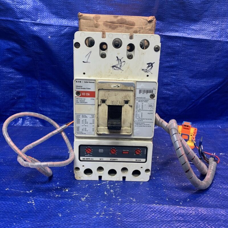 Eaton KD35K Industrial Circuit Breaker, 400Amp, 3-Pole, Cat.# KD3400F