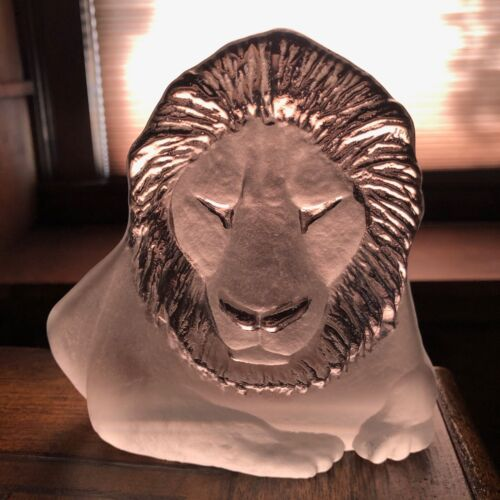 Art Glass Etched Lion Bookend by Mats Jonasson | Signed