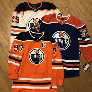 d382da15 Edmonton Oilers | Buy or Sell Hockey Equipment in Edmonton | Kijiji ...