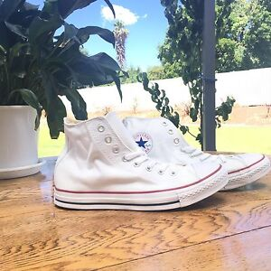 CONVERSE Chuck Taylor All Star Hi Tops Clare Clare Area Preview
