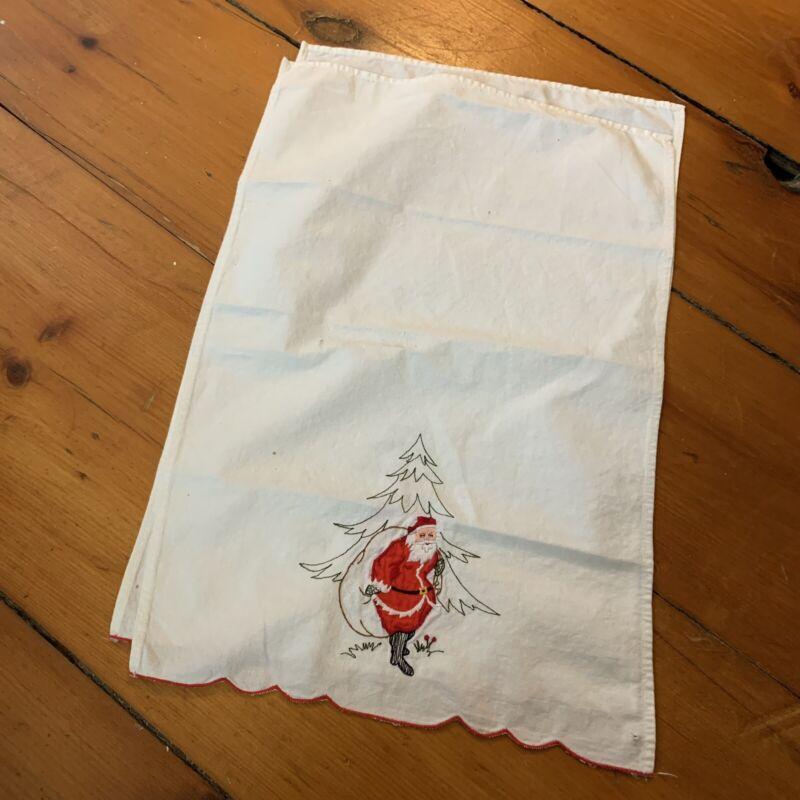 Vintage Christmas Tea Towel - Embroidered, Vintage Farmhouse, Vtg Farmhouse