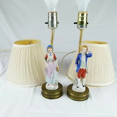 Colonial Lamp pre-war Japan Man and Woman Ceramic Excellent condition Lamp