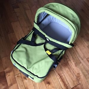 Mountain Buggy Baby Bassinet Sleeper Stroller Top Green