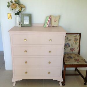 Beautiful Queen Anne Wardrobe Dresser - 4 Drawers Bexley Rockdale Area Preview