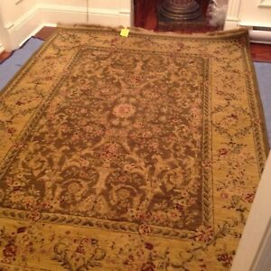Beautiful Vintage Pattern Rug