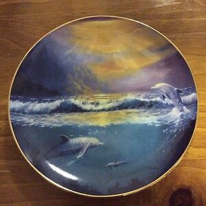 Limited edition dawn of the dolphin plate set Berrigan Berrigan Area Preview