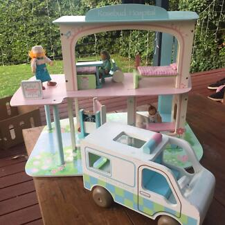 ELC Rosebud Toy Hospital + extras