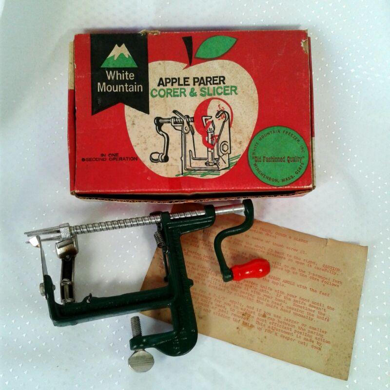 Vintage Green Apple Parer Corer Slicer Peeler White Mountain Freezer Made in USA