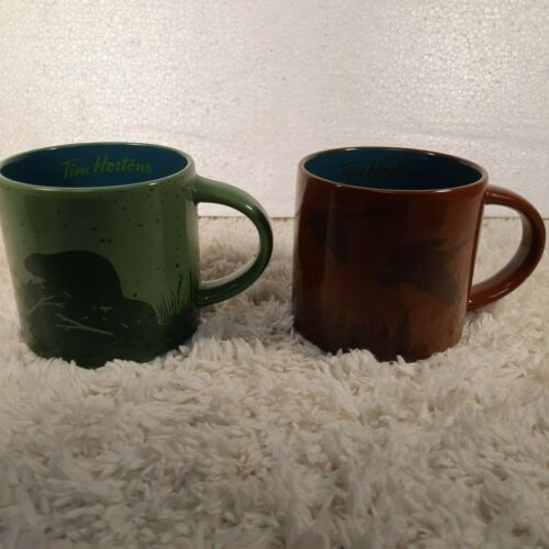 Two 2017 Tim Hortons Holiday Coffee Cup Mug Lot Limited Edition #17 Beaver Goose