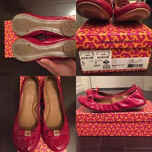 Brand new Tory Butch flats-size 8
