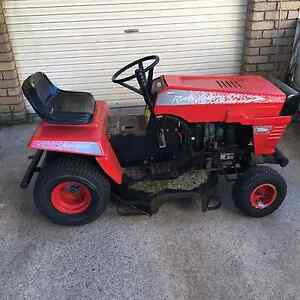 Ride on mower with trailer ( not in picture ) Warrnambool Warrnambool City Preview