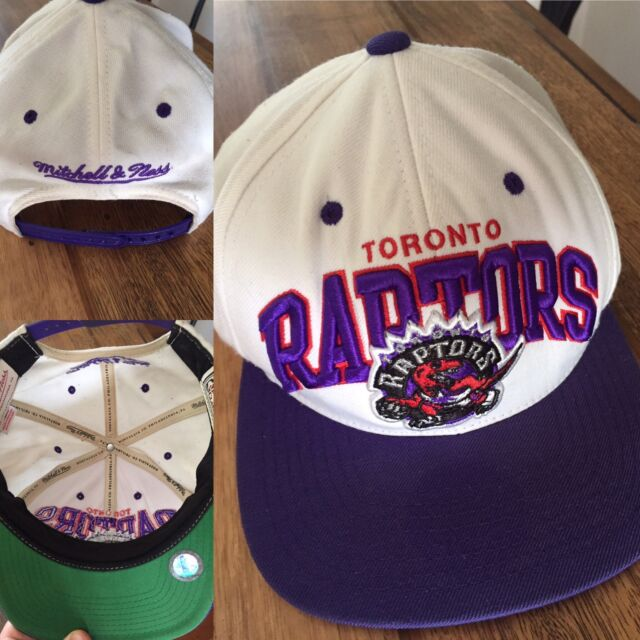wholesale dealer bc14d 6fe5e Mitchell and Ness NBA Toronto Raptors SnapBack cap   Other Men s Clothing    Gumtree Australia Brisbane North West - Stafford Heights   1175097146
