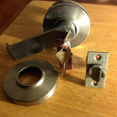 Schlage Used Stainless Steel Lever Lockset Removed From Building By New Owner