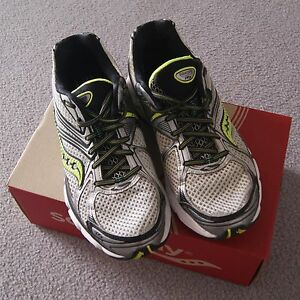 Saucony Hurricane 16 running shoes Hillarys Joondalup Area Preview