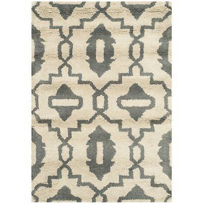 2' x 3' Hand-Tufted Chatham Beige/Grey Wool Area Rug