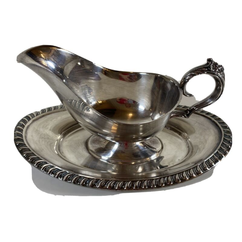 Vintage F. B. Rogers Silver Plated Gravy Boat With Tray Attached Gorgeous! Wow!