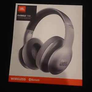 JBL Everest 700BT headphones *NEW Ormeau Gold Coast North Preview