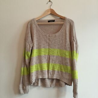 size L glassons knit Erskineville Inner Sydney Preview