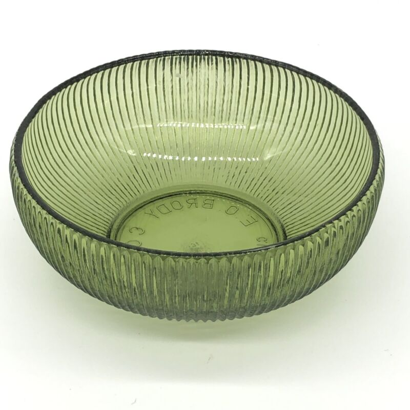 """Vintage E.O. Brody Co. Depression Glass Green Ribbed Bowl 6"""" Candy Dish. USA"""